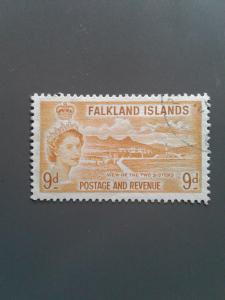 Falkland Islands 126 F-VF Used. Scott $ 18.50