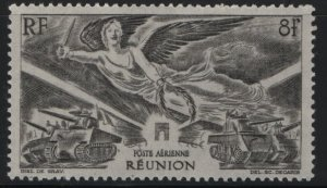 Reunion C25 HINGED, 1946 Victory issue olv gry