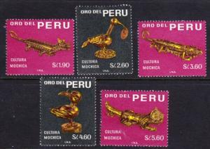 Peru #505-09 MLH Mochica artifacts cpl