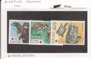 J25765  jlstamps 1982 finland set mnh #b227-9 animals all checked