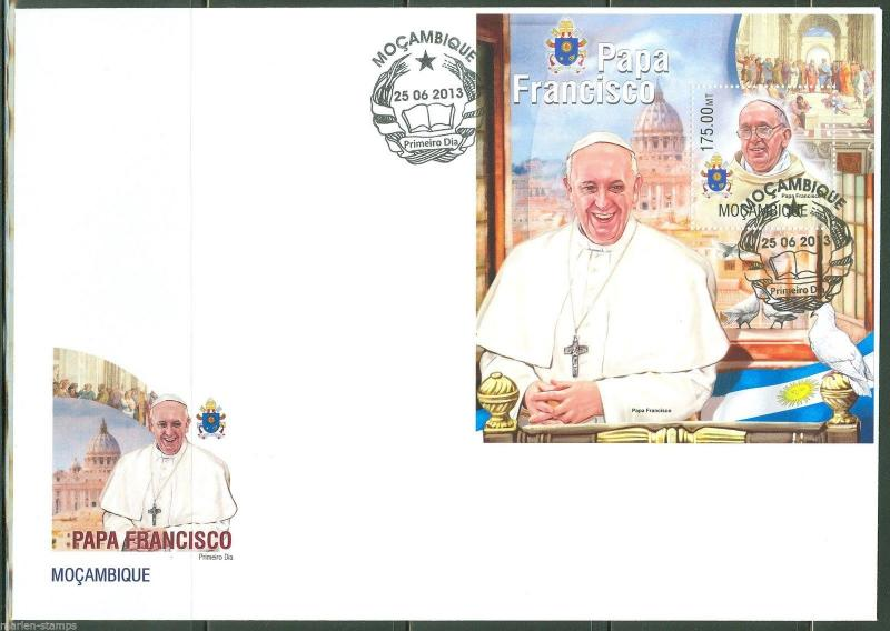 MOZAMBIQUE  2013 POPE FRANCIS  SOUVENIR SHEET FIRST DAY COVER