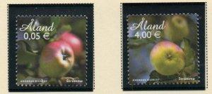 Aland Finland Sc  319-20 2011 Apples stamp set mint NH