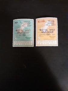 *St. Vincent Grenadines #127-128            MNH