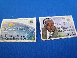 ST. VINCENT & THE GRENADINES  -  SCOTT #670 & 672     SPECIMEN   MNH   (gg)