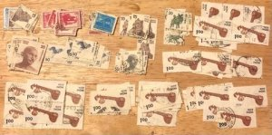 India Group of 135 stamps Avg to VF Used  Cat. $25.00+