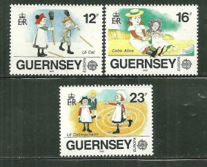 Guernsey MNH 401-3 Children's Games