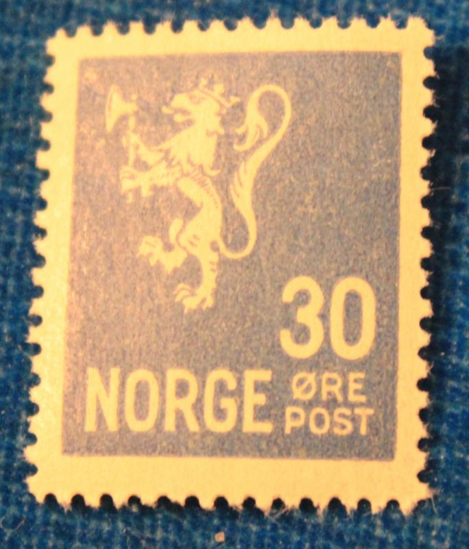 NORWAY MINT NEVER HINGED LION RAMPANT STAMPS SCOTT # 122