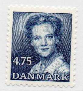 Denmark Sc 899 1990 4..75 kr dark blue Queen stamp mint NH