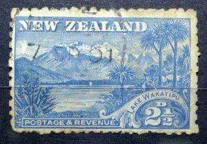 NEW ZEALAND 1899 SG# 250 Lake Wakatipu USED HINGED