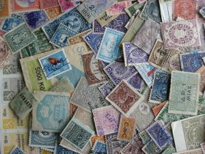 Worldwide revenues unsearched mixture (duplicates,mixed condition) of 100