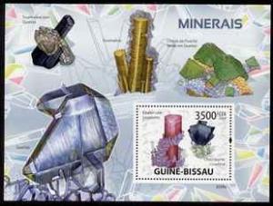 Guinea-Bissau MNH S/S Minerals Purple & Green 2009