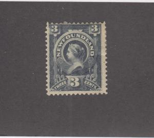 NEWFOUNDLAND # 60  FVF-MH 3cts  QUEEN VICTORIA / SLATE  CAT VALUE $40