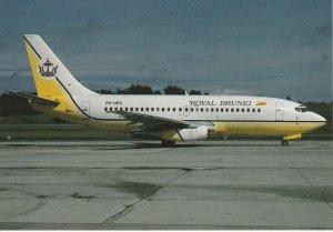 7589 Aviation Postcard  ROYAL BRUNEI BOEING 737-2M6 V8-UEC  Airlines