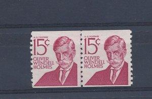 United States, 1305E, 15c Oliver W. Holmes Coil Line Pair Dull Gum, MNH