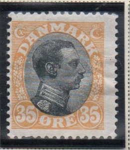 Denmark Sc 115 1919 35 ore yellow & black Christian X  stamp mint