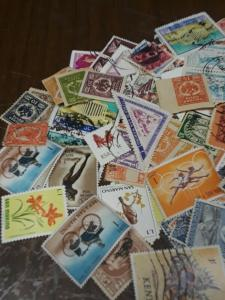 World Stamps/ Mint & Used Off Paper 50 mixed