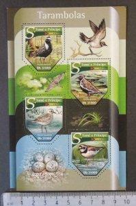 St Thomas 2015 birds plovers tarambolas eggs m/sheet mnh
