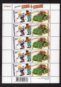 Netherlands  #1055-1056  2000   MNH  sheet of ten    comic strip characters