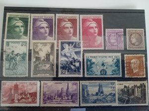 Collection France Stamps 1945 Catalogue € 25 Used/Unused