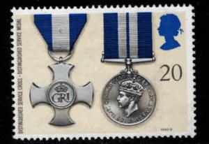 Great Britain Scott 1335 Mint No Gum 1999 Distinguished Service cross and medal