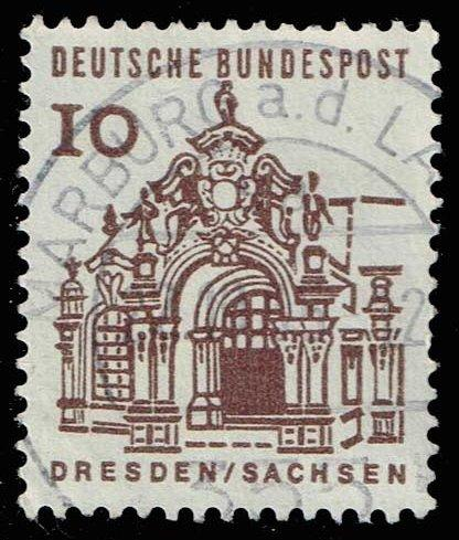 Germany #903 Wall Pavilion in Zwinger, Dresden; Used (0.25)