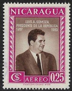 NICARAGUA 1957 25c PRESIDENT LUIS SOMOZA  Airmail Sc C388 VFU