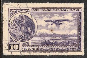 MEXICO C21, 10¢ COAT OF ARMS AND AIRPLANE. USED. F-VF. (352)