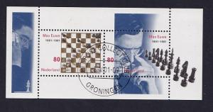 Netherlands  # 1068  cancelled 2001  sheet  Max Euwe   chess