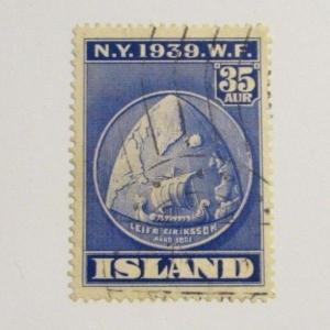 Iceland Scott 214 Θ used , 1939 NY Fair, ship, extra fine 102 card, superfleas