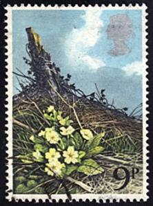 Great Britain # 855 used ~ 9p Primroses on Hill