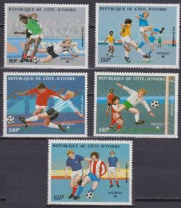 1986 Ivory Coast Cote d'Ivoire 913-917 1986 FIFA World Cup in Mexico 13,00 €