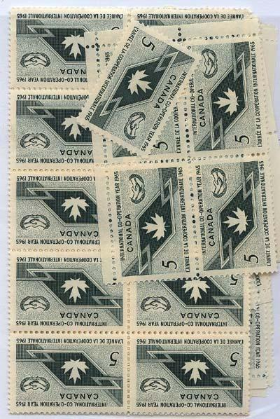 Canada - 1965 Intl. Co-operation Year X 100 mint #437