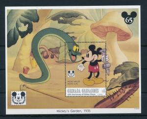 [22484] Grenada Grenadines 1993 Disney Movie Mickey Mouse Garden MNH