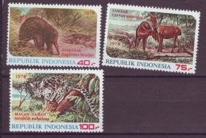 J21082 Jlstamps 1978 indonesia set mh #1033-5 animals