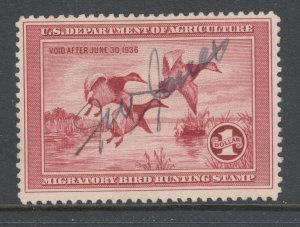 US Sc RW2 used. 1935 $1 Canvasback Ducks, Hunting Permit Stamp, fresh, sound.