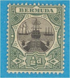 BERMUDA 32  MINT HINGED OG *  NO FAULTS VERY FINE !