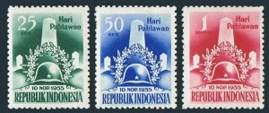 Indonesia 418-420,lightly hinged.Michel 155-157. Monument of Liberation 1955.