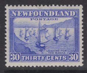 NEWFOUNDLAND SG220 1932 30c ULTRAMARINE MTD MINT