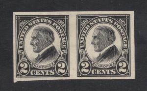 US#611 Black - Pair - Unused - Original Gum