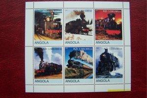 Angola 2000 MNH Trains Locomotives #3