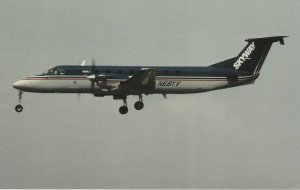 6680 Aviation Postcard  SKYWAY  Airlines