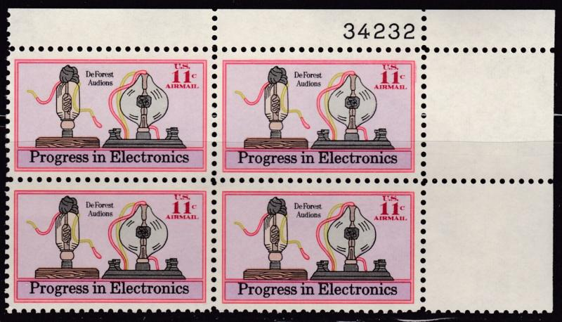 United States 1973 11cent Electronics  Air Plate Nr. Block of 4. VF/NH(**)