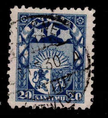 Latvia Scott 121 Used coat of arms stamp