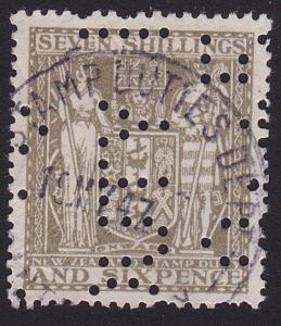 NEW ZEALAND ARMS TYPE STAMP DUTY 7/6d used..................................7815