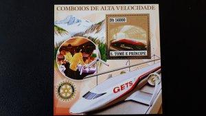 Trains and locomotives - Sao Tome and Principe 2006 - Bl gold ** MNH