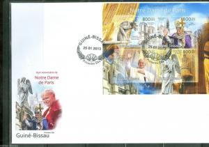 GUINEA BISSAU '13 850th ANN NOTRE DAME POPES JOHN PAUL II & BENEDICT XVI SHT FDC