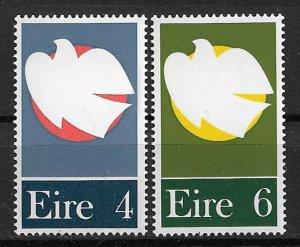 1972 Ireland 318-9 Dove Soaring Past Rising Moon C/S of 2 MNH