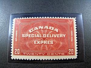 CANADA - SCOTT # E4   -   MNH          (can-49)