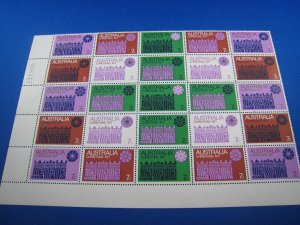 AUSTRALIA 1971  -  SCOTT # 508  1/2 SHEET CHRISTMAS  MNH