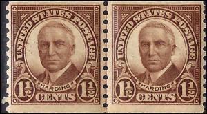 686 Mint,OG,NH... Line Pair... SCV $11.50